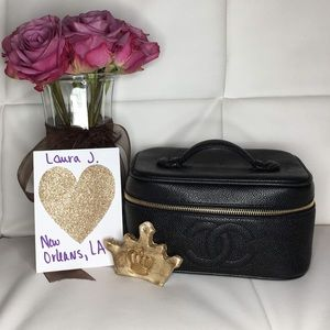 Chanel Caviar leather black cosmetic bag